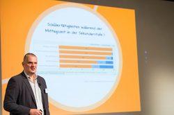 Prof. Dr. Nils Neuber