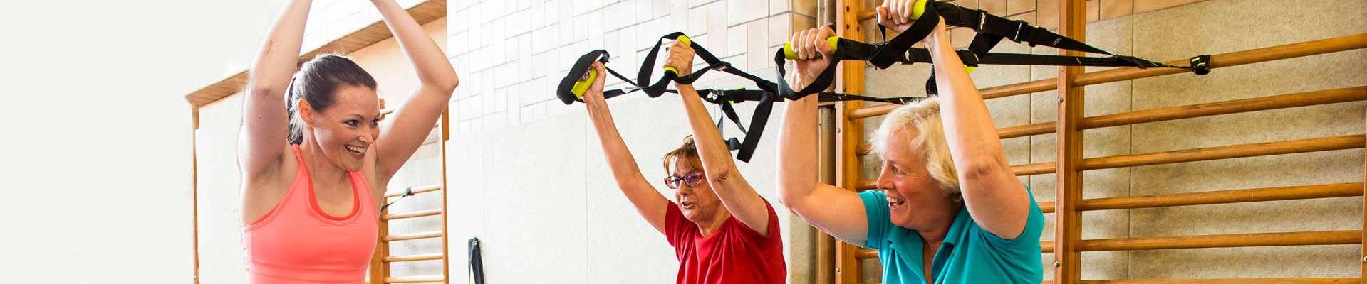 Headerbild Bewegt GESUND bleiben in NRW! Fitness-Übungen an der Sprossenwand