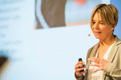 Dr. Sabine Kubesch