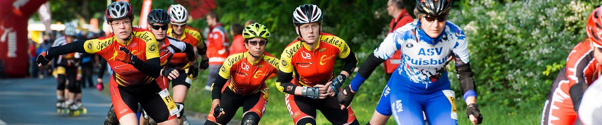 Headerbild Impressum des LSB NRW: Rollschuhfahrer und Inlineskater beim Wettkampf