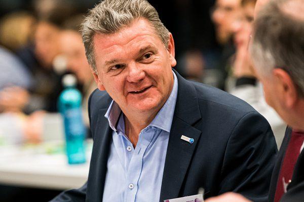 Stefan Klett